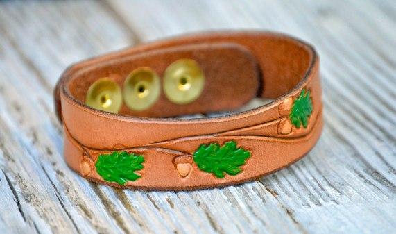 acorn-bracelet-blp