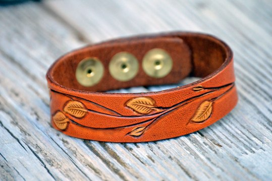 Leather Patterned Leaf Branch Bracelet