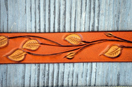 Leather Patterned Leaf Branch Bracelet Detail