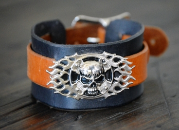 Doug Potter's skull buckle handmade leather cuff