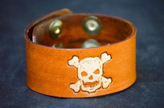 Skull n Crossbones Cuff by Catfight Craft