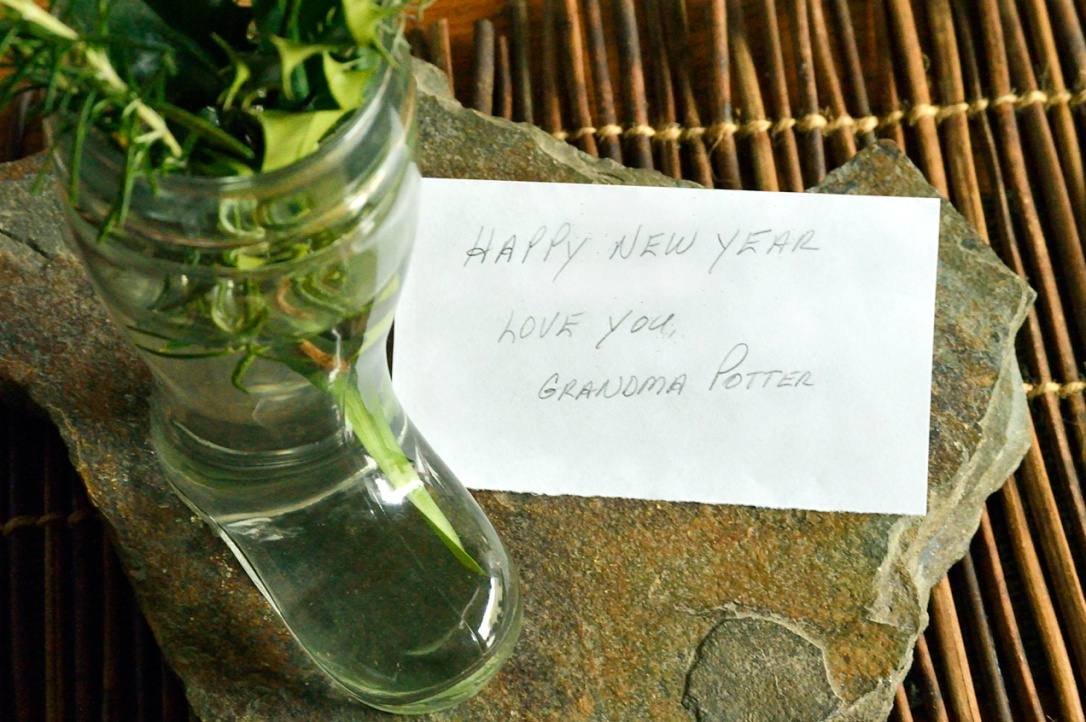 Happy-New-Year-Handwritten-Note